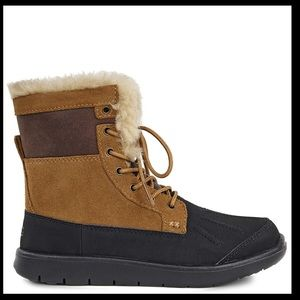 UGG Big kids Baxter boots brown suede size 6